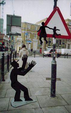 Darius & Downey, street artists, global urban art, street art of the world, free walls, graffiti art.