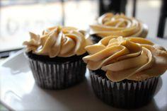 Reese's Stuffed Cupcakes
