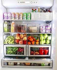 Küchenschrank organisieren