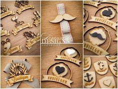 Badges Wedding Badges, Wedding Pins, Wood Crafts, Diy And Crafts, Crafts For Kids, Laser Engraving, Engraving Ideas, Laser Art, Wooden Bow Tie