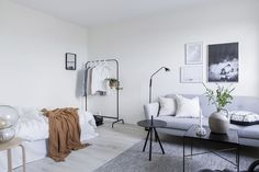 Lovely studio apartment with a perfect colour combo
