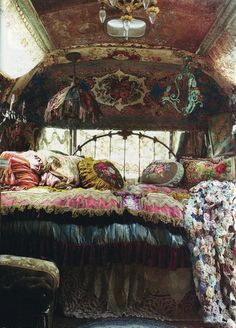 inside the gypsy wagon.*sigh*