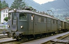 1978-08-09 SBB Ae 4/6 10812 Erstfeld Postzug Winterthur, Electric Locomotive, Steam Locomotive, Diesel, Swiss Railways, Electric Train, Switzerland, Evolution, Transportation