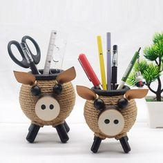 Cool Office Supplies, Pig Pen, Office Desktop, Cute Notebooks, Little Pigs, Pen Holders, Office Gifts, Storage Organization, Christmas Gifts