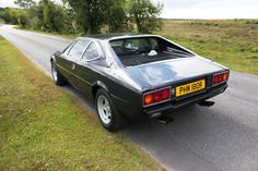 Ferrari Dino 308GT4 1976 R registration, finished in a really great colour…