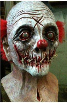 Resultado de imagen de burlap clown mask