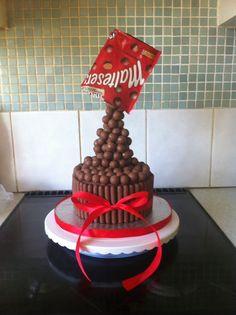 Maltesers gravity cake!