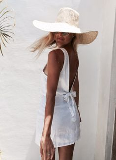 Greece Discover Wrap Skirt White Linen Wrap around Short Skirt Outfits With Hats, Chic Outfits, Fashion Outfits, Cute Casual Outfits, Skirt Outfits, Fashion Tips, Summer Wear, Spring Summer Fashion, Summer Outfits