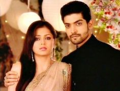 Multi Star: Maan And Geet Wallpapers Cute Romantic Pictures, Cool Girl Pictures, Gurmeet Choudhary, Dove Pictures, Drashti Dhami, Kartik And Naira, New Actors, Cute Girl Face, Indian Movies