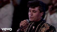 Juan Gabriel - Popurri: Me Nace Del Corazon/La Muerte Del Palomo/Me Nace...