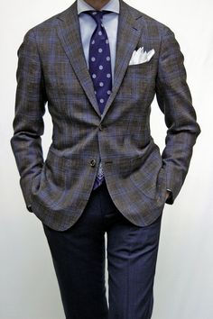 Model 245 wool,silk,linen sports jacket men's style in 201 Mens Fashion Quotes, Mens Fashion Blog, Suit Fashion, Style Fashion, Outfits Hombre, Sport Outfits, Business Casual Outfits, Business Fashion, Business Suits