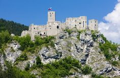 Europe's most famous castles and palaces - Once considered the safest fortress in the region, Strecno castle in Slovakia stands in ruins above the V?h River. Ancient Architecture, Beautiful Architecture, Architecture Art, Neuschwanstein Castle, Heart Of Europe, Famous Castles, Countries Of The World, European Countries, Bratislava