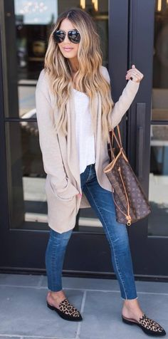 casual style perfection nude cardigan + top + bag + skinny jeans