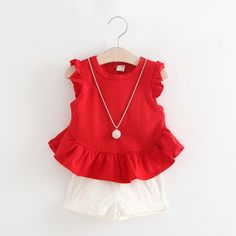 2017 New Summer girls clothing sets red girl baby clothes solid T-shirt + shorts + necklace Infant Bebes Clothes Girls Summer Outfits, Toddler Girl Outfits, Baby Outfits, Kids Outfits, Summer Girls, Toddler Girls, Kids Girls, Baby Boy Clothing Sets, Trendy Baby Clothes