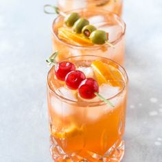 Wisconsin Brandy Old Fashioned - Simply Whisked Brandy Cocktails, Beste Cocktails, Classic Cocktails, Cocktail Drinks, Cocktail Recipes, Drink Recipes, Cocktail Videos, Cocktail Club, Drink