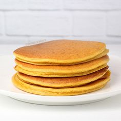 Prot: 33g, Carbs: 12g, Fat: 2g, Cal: 196 I'm excited to bring you a whey protein pancake recipewith great macros! These Pumpkin Protein Pancakes are easy to make, and they are delicious and fluffy! We don't have