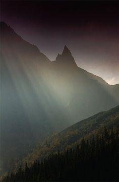 Morskie Oko w Tatrach - badania, szlaki, historie, ciekawostki