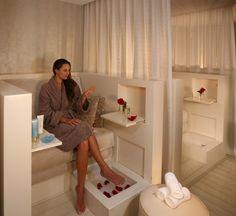 The Best Honey Spa Treatments: Waldorf Astoria in New York, NY | Allure.com Nail Salon Design, Nail Salon Decor, Beauty Salon Decor, Beauty Salon Design, Beauty Salons, Beauty Spa, Salons Decor, Schönheitssalon Design, Design Ideas