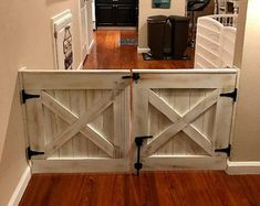 Double Door Rustic Barn Door Style Baby / Dog Gate - October 26 2019 at Baby Gates, Diy Baby Gate, Interior Barn Doors, Diy Interior Gate, Interior Livingroom, Interior Paint, Home Projects, Diy Furniture, Antique Furniture