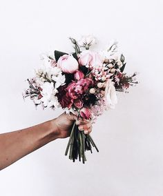 Pink Peonies And A Classic White Summer Dress - My Style Vit.- Pink Peonies And A Classic White Summer Dress – My Style Vita Bouquet - My Flower, Flower Power, Beautiful Flowers, Beautiful Beautiful, Hey Gorgeous, Flower Mandala, Wedding Bouquets, Wedding Flowers, Boquette Wedding