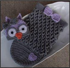 Give the perfect baby shower gift by creating this easy to follow pattern and presenting the mother-to-be with this precious owl hat and cocoon.
