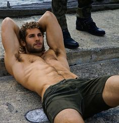 Hairy Pit | Hairy Man | Hairy Hole | Hairy Face Can I approach and pass my tongue?♥♥♥