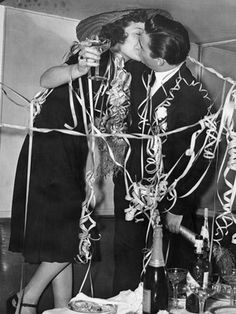 Kiss me New Year's Eve, 1939