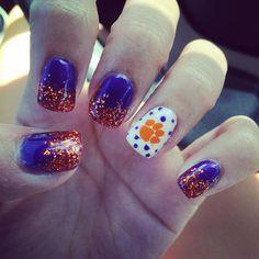 Clemson Tiger nails! #Clemson #tigers #nailart #nails Football Nail Designs, Football Nail Art, Tiger Nail Art, Tiger Nails, Manicure And Pedicure, Pedicures, Mani Pedi, Aloha Nails, Usa Nails