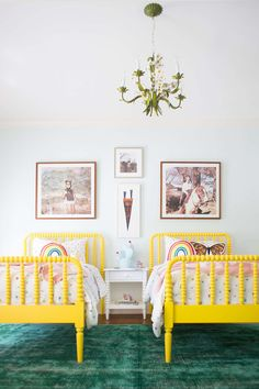 Beautiful headboard gallery wall featuring out Sonoma, Newport, and Irvine Slim frame styles | Click through to see how @laybabylay designed this fun space and get the look for yourself!