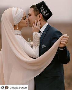 #Repost @dilyara_burton (@get_repost) ・・・ Доброго утра🕊 Меня уже трудно удивить нарядом для никаха, но @guzel_valishina это удалось✨… Wedding Veils, Wedding Dresses, Life, Beauty, Fashion, Bridal Veils, Bride Dresses, Moda, Bridal Gowns