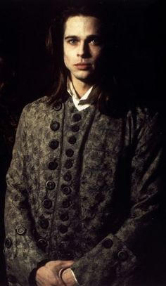 Brad Pitt as Louis de Pointe du Lac, Interview With The Vampire, 1994 Vampire Kiss, Vampire Love, Gothic Vampire, Brad Pitt Vampire, Anne Rice Vampire Chronicles, Lestat And Louis, Beautiful Men, Beautiful People, Queen Of The Damned