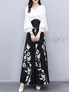 Korean Fashion Dress, Muslim Fashion, Hijab Fashion, Fashion Dresses, Batik Fashion, Stylish Dresses, Stylish Outfits, Casual Dresses, Lace Dresses