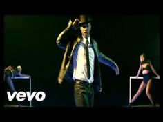 Music video by Tinie Tempah performing Pass Out. Taken from the album 'Disc-Overy' Buy Tinie Tempah 'Disc-Overy' on iTunes here: http://smarturl.it/tiniedisc...