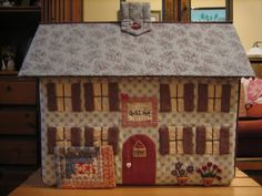 Sewing Spaces, Sewing Rooms, Fabric Boxes, Fabric Storage, Japanese Patchwork, House Ornaments, Sewing Box, Fairy Dolls, Pin Cushions