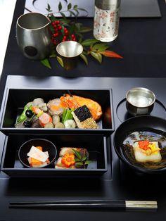 定番料理を盛り付けマジックで素敵に演出 Japanese Taste, Japanese Food Art, Japanese Street Food, Japanese Dishes, New Year's Food, Happy Foods, Food Shows, Food Menu, Food Presentation