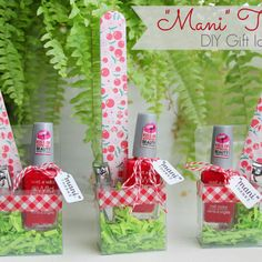 "Quick DIY Gift Idea: ""Mani Thanks"" Manicure Set"
