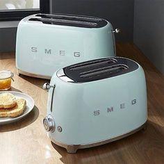 Ihr habt die Wahl: 2-Scheiben- oder 4-Scheiben-Toaster, in 7 verschiedenen Farben... Mehr unter http://fal.cn/Q5SN
