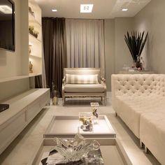Living sofisticado e lindo. Amei! @pontodecor Projeto Leila Azzouz Via @maisdecor_ www.homeidea.com.br Face: /homeidea Pinterest: Home Idea #homeidea #arquitetura #ambiente #archdecor #archdesign #projeto #homestyle #home #homedecor #pontodecor #homedesign #photooftheday #interiordesign #interiores #picoftheday #decoration #revestimento #decoracao #architecture #archdaily #inspiration #project #regram #home #casa #grupodecordigital