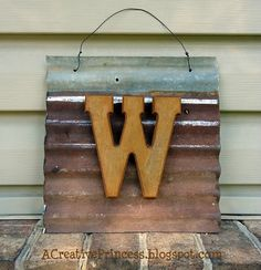 A Creative Princess: Barn Roof Tin Barn Wood Projects, Metal Projects, Metal Crafts, Diy Projects, Diy Crafts, Barn Tin Wall, Corrugated Tin, Tin Walls, Tin Art
