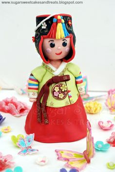 Sugar Sweet Cakes and Treats: Korean Hanbok Dol Cake Toppers