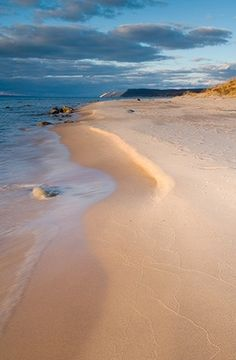 Traverse City beach,MI See, Michigan is very beautiful! Michigan Travel, State Of Michigan, Lake Michigan, Holland Michigan, Dream Vacations, Vacation Spots, Vacation Ideas, Traverse City Beaches, The Places Youll Go