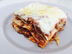 Lasagne vegane con ragù di lenticchie e besciamella di riso #venavegan #veganlove #veganfood #veganlife #crueltyfree #mangiareinsalutesenzasofferenze