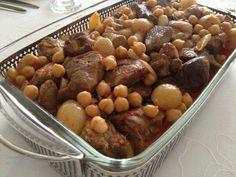 etli nohut yahnisi - turkish food - türk yemekleri