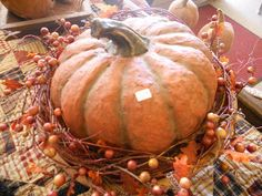 http://simplecountrytreasures.blogspot.com/2010/10/happy-harvest-to-you-all.html