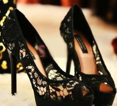 Black lace heels - cute