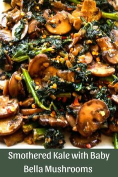 Smothered Kale with Baby Bella Mushrooms Smothered Kale mit Baby Bella Mushrooms. Rezepte Essen Essen The post Smothered Kale mit Baby Bella Mushrooms & Recipes to Make appeared first on Mushroom recipes . Easy Healthy Recipes, Healthy Cooking, Vegetable Recipes, Vegetarian Recipes, Healthy Eating, Cooking Recipes, Recipes With Kale, Baby Kale Recipes Vegan, Healthy Dishes