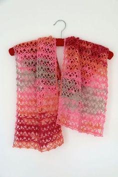 #crochet, free pattern, shawl, 'Going to Wales', #haken, gratis patroon (Engels), shawl, #haakpatroon, verloopgaren