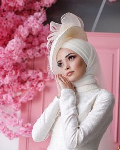 Hijab Outfit, Dress Outfits, Makeup Hijab, Muslim Couples, Classy Dress, Winter Hats, Gowns, Wedding Dresses, Fabric