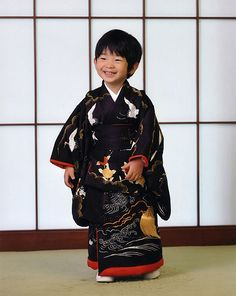 traditionaljapan:    Prince Hisahito of Akishino at his 4th birthday (he is 5 by now) - he is actually third in line to become Emperor of Japan… and just such a little cutie ♥