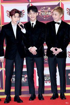 Suho, Chen e Xiumin EXO ♡ °з°  ⭐️